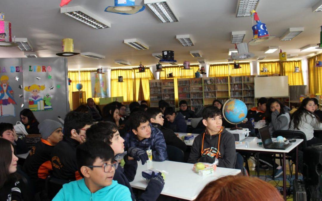 Facultad de Ciencias Naturales de la UDA ejecuta proyecto FNDR para la observación del Eclipse Solar en Escuelas y Liceos