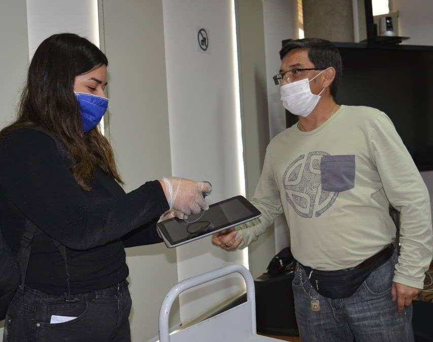 UPLA apoya a su comunidad universitaria: Inició entrega de computadores, tablets y chips de internet