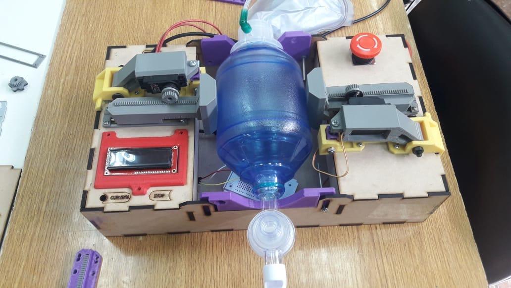 Facultad de Ingeniería de UTA diseña prototipos de ventiladores mecánicos ante pandemia del Covid-19