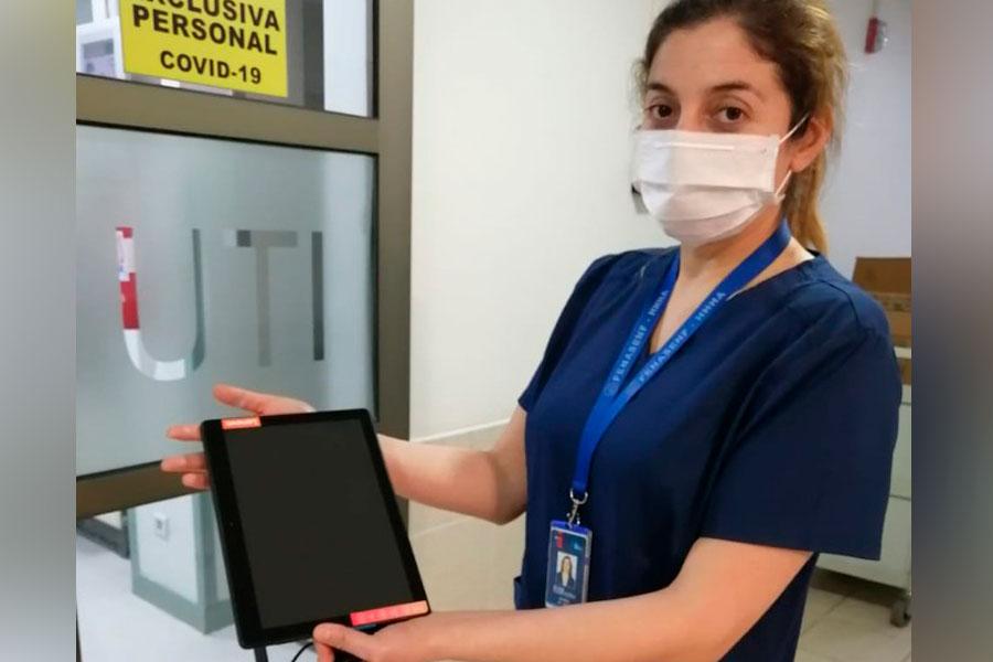 Vinculación con el Medio UFRO entrega tablets a unidades UCI-UTI del Hospital Regional Dr. Hernán Henríquez Aravena de Temuco