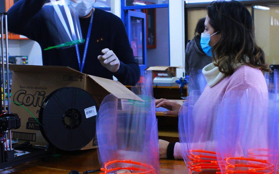 ULagos continúa entregando Pantallas de Protección Facial a hospitales y centros de atención de salud