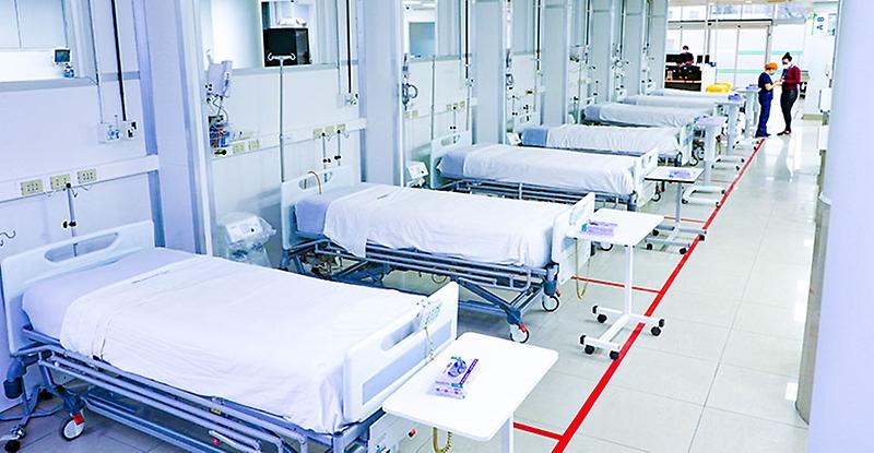 Hospital Clínico U. de Chile inaugura Unidad Crítica Covid con 25 nuevas camas críticas y un módulo auxiliar de urgencia