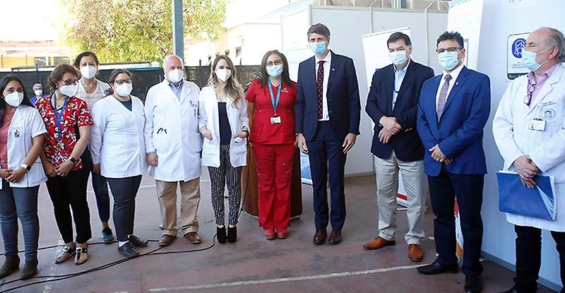 Facultad de Medicina de la U. de Chile y Hospital San José inician vacunación de ensayo clínico Oxford-AstraZeneca