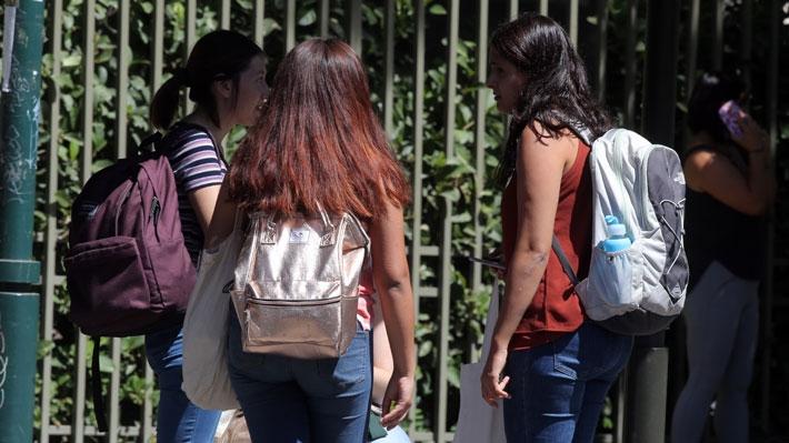 Universidad de Chile realiza estudio sobre salud mental de adolescentes para la Defensoría de la Niñez