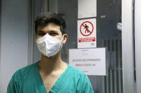 157 estudiantes de Enfermería UV refuerzan a los equipos de vacunación y atención hospitalaria