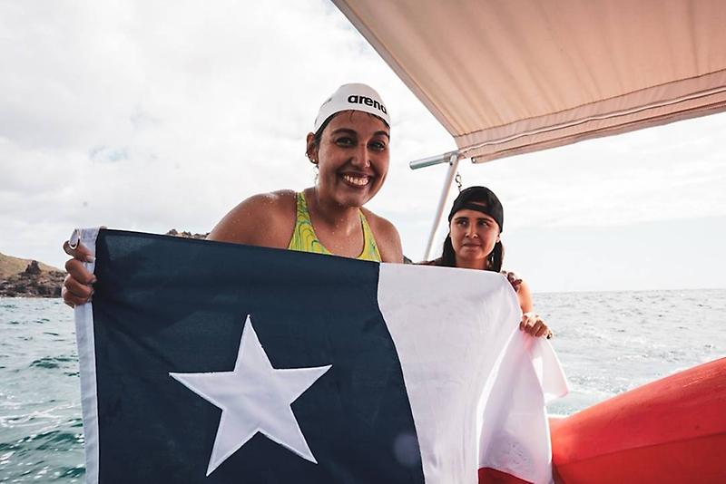 Bárbara Hernández se convirtió en la primera sudamericana en cruzar el canal Molokai
